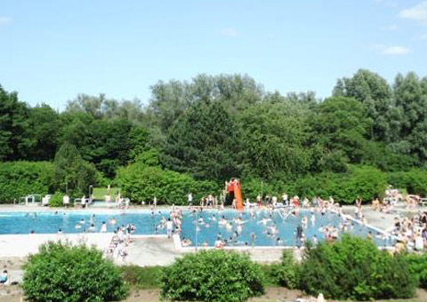 Impression vom Freibad in Moisling