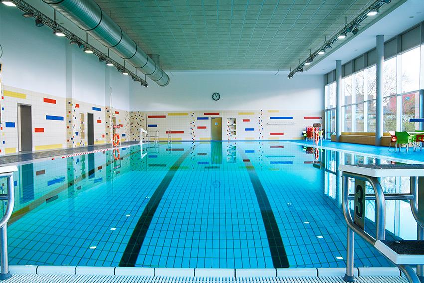 Schwimmbader: Lübecker Schwimmbäder