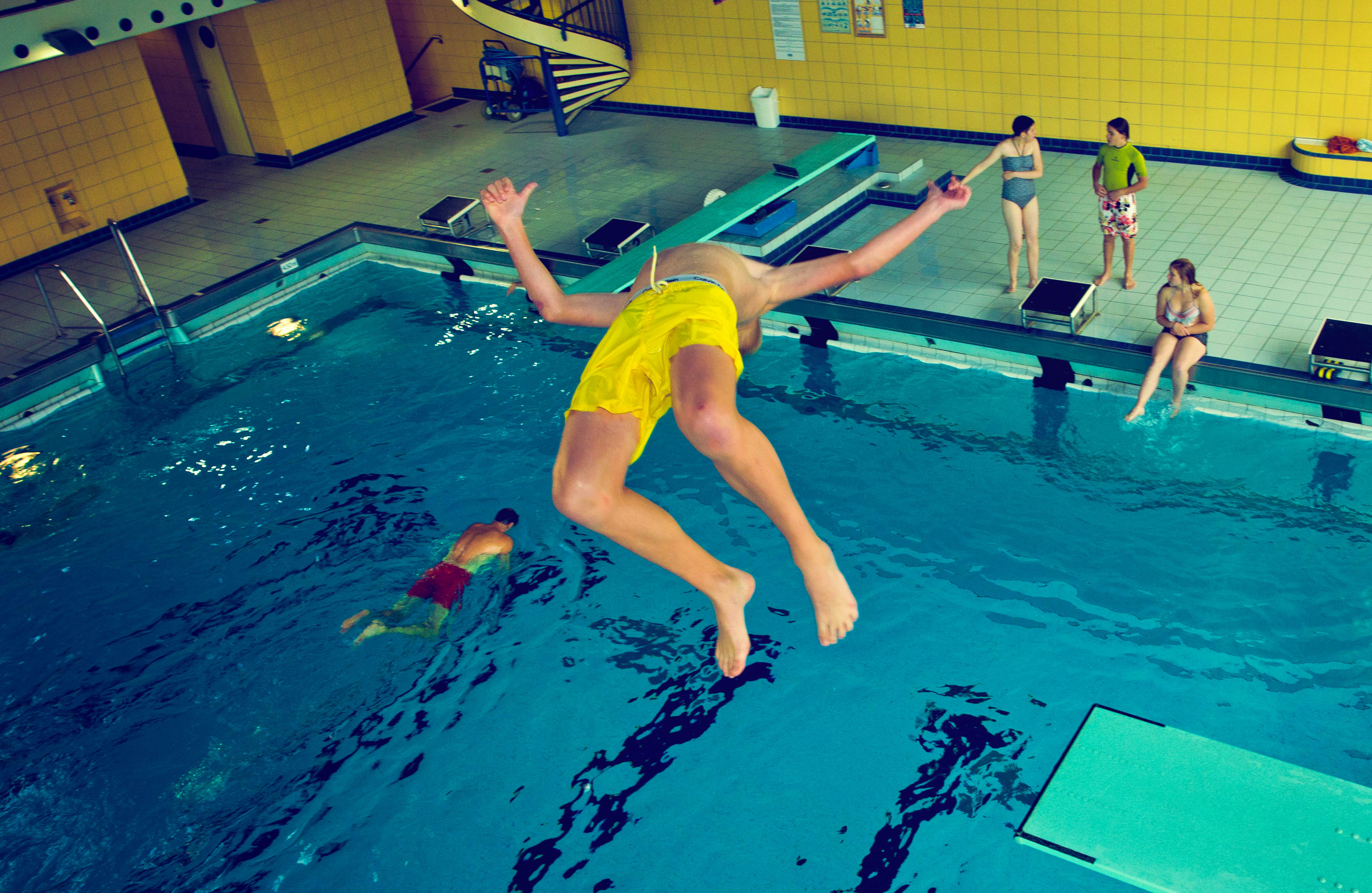 Schwimmbäder Geöffnet